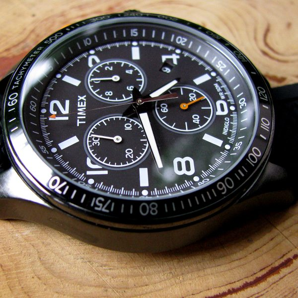 timex-t2p043-chronograph-black-silicon-strap-watch_03