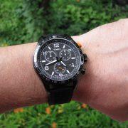 timex-t2p043-chronograph-black-silicon-strap-watch_06