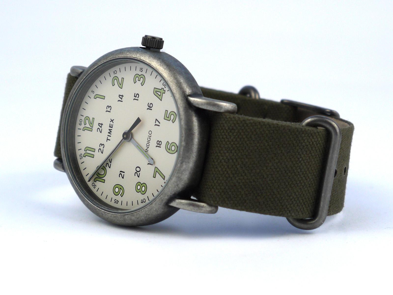 Timex Tw2p85900 Weekender Oversized Vintage Style Watch