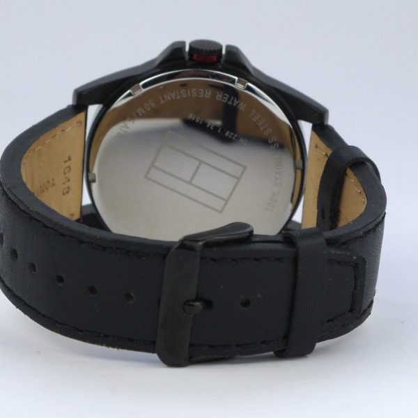 Tommy Hilfiger 1791005 Analog Display Japanese Quartz Black Watch_04