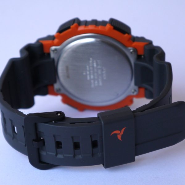 Casio STL-S100H-4AV Tough Solar Stainless Steel Fitness Watch_03