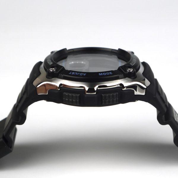 Casio AE2000W-1AV Silver-Tone and Black Multi-Functional Digital Sport Watch_07