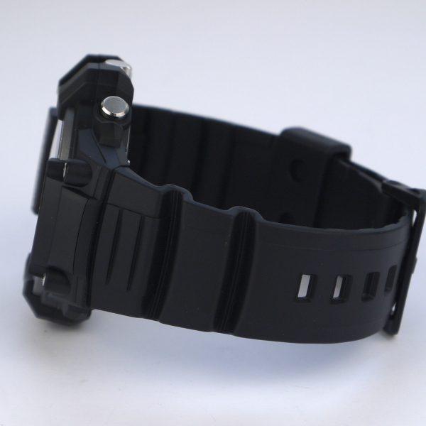 Casio MCW-100H-9AV Heavy Duty-Design Chronograph Black Yellow Watch_03