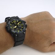 Casio MCW-100H-9AV Heavy Duty-Design Chronograph Black Yellow Watch_06
