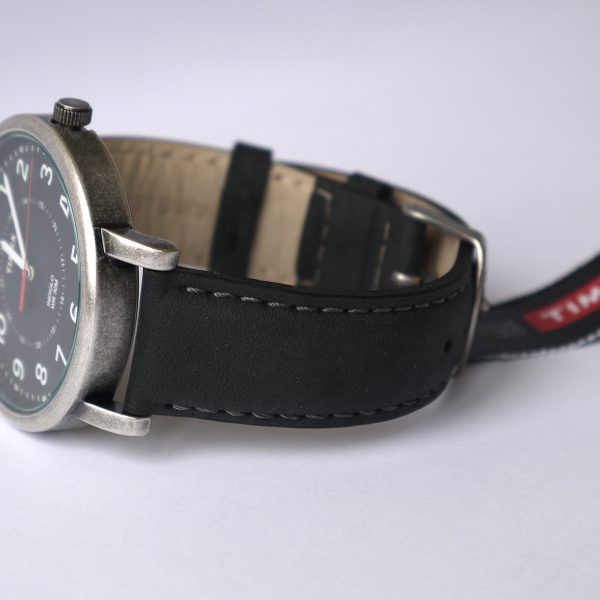 Timex T2P219AB Originals Silver-Tone Watch with Black Leather Band_03