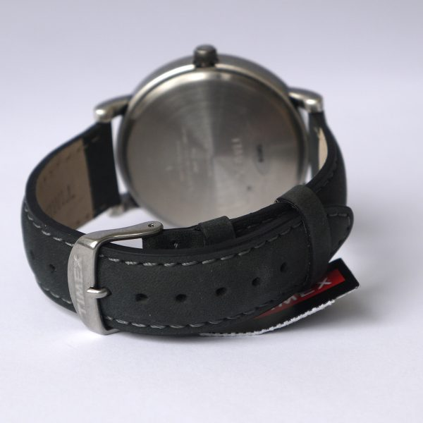Timex T2P219AB Originals Silver-Tone Watch with Black Leather Band_04