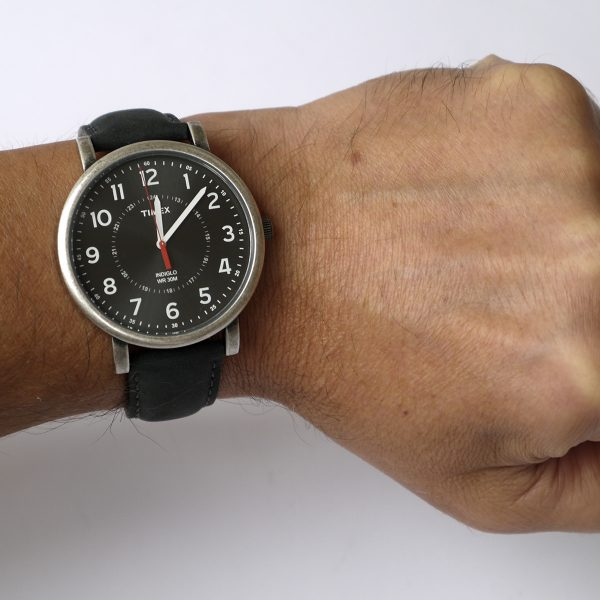 Timex T2P219AB Originals Silver-Tone Watch with Black Leather Band_07