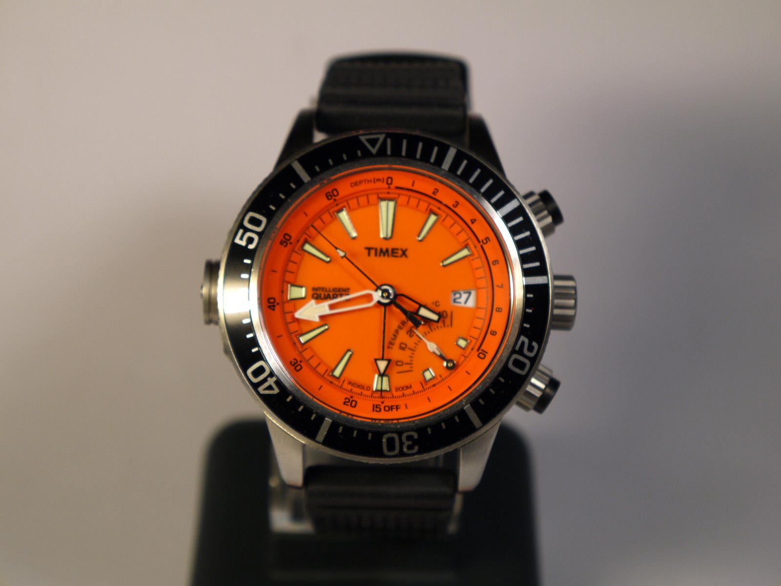 Timex T2N812 Intelligent Quartz Watch