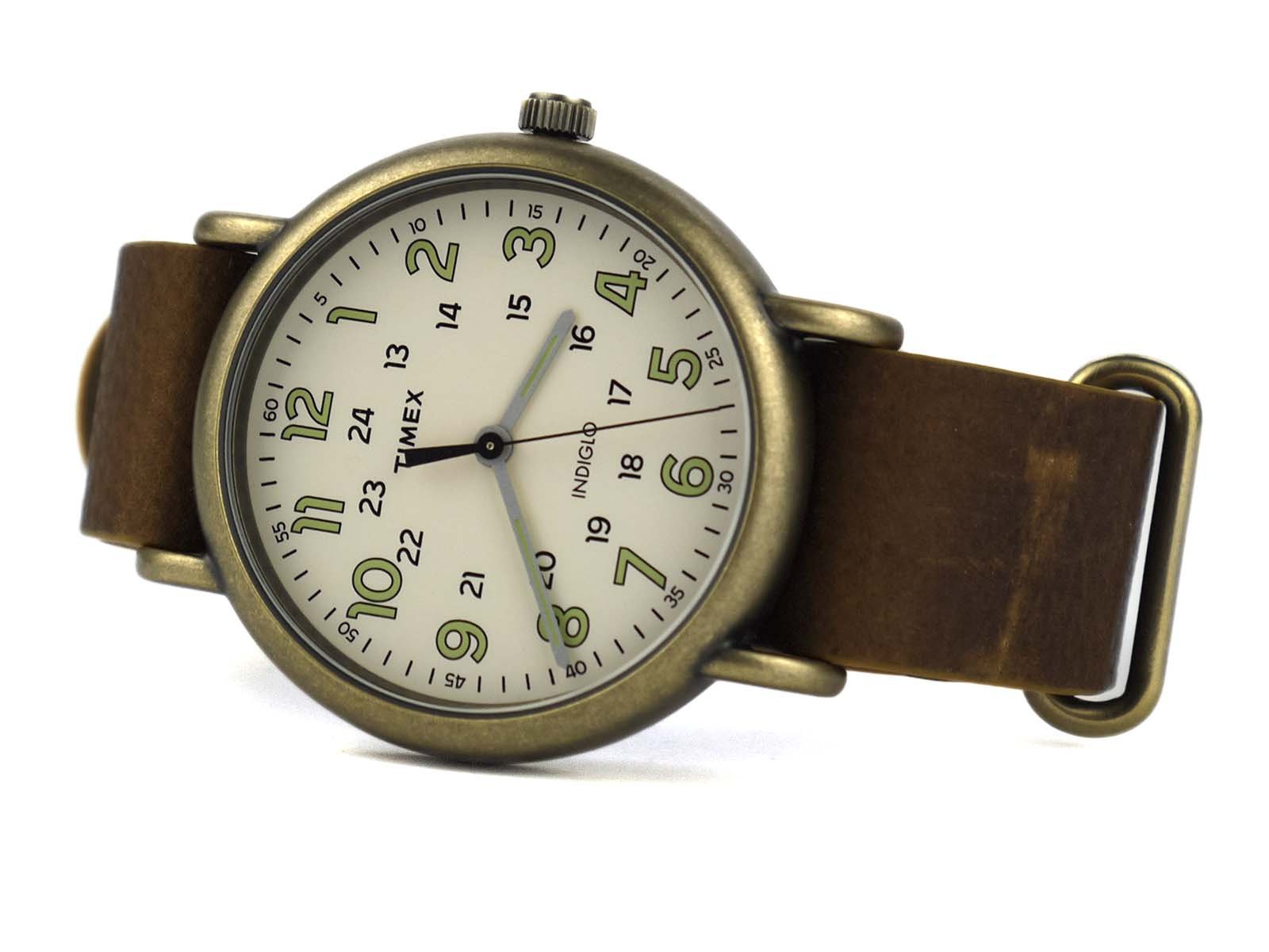 Timex Tw2P85700 weekender oversized vintage look watch