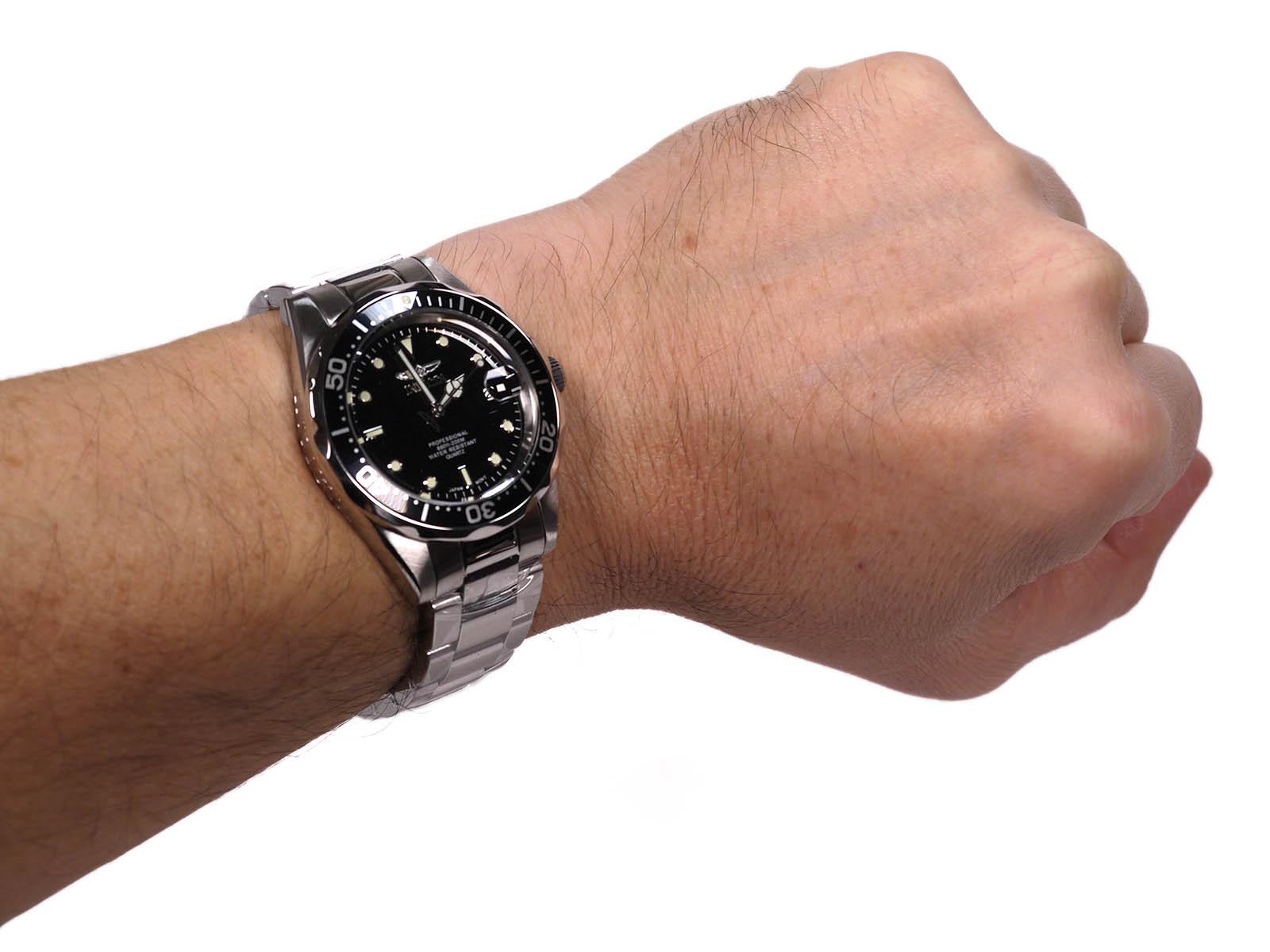 Invicta 8932 Pro Diver Quartz Stainless Steel Watch